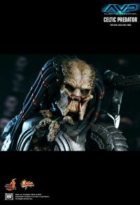 Alien vs Predator: Hot Toys 1/6 Figure Celtic Predator