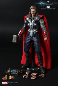 Hot Toys: The Avengers - Thor 1/6